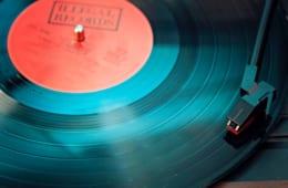 「3分しばり」が名演を生んだ~SPレコードの楽しみ方【ジャズを聴く技術 〜ジャズ「プロ・リスナー」への道41】