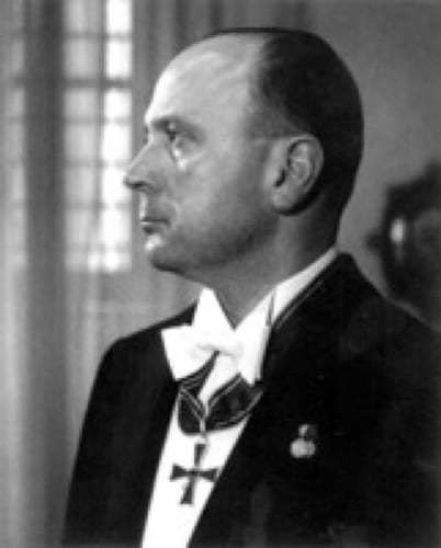 """Italian WW2 spy Rodolfo Siviero.""パブリック・ドメイン via ウィキメディア・コモンズ https://commons.wikimedia.org/wiki/File:Rodolfo_Siviero.jpeg"