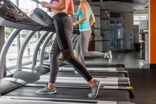 筋力トレーニングは慢性腰痛に起因する不安や気分の落ち込みにも効果的