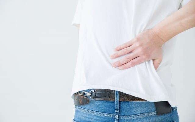 腰椎疾患のプロが教える、脊柱管狭窄症を自分で治すセルフケア