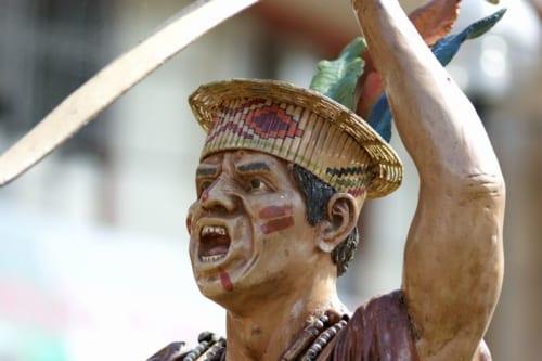 アマゾンの民を二級市民と位置付けていた当時のペルー政府は、敬虔なカトリック信者による開拓を望んだ
