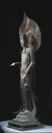 国宝 観音菩薩立像(百済観音)飛鳥時代・7世紀 法隆寺蔵 写真:飛鳥園