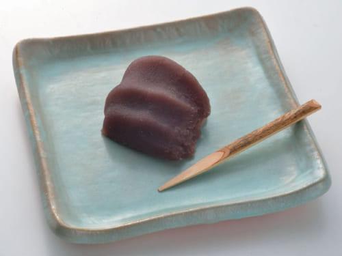 「赤福さんに下宿したいくらい」(笑)というように、伊勢名物の赤福餅が大好物。定期的に取り寄せて、朝食の炭水化物として食卓に上ることもある。