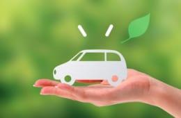コロナの緊急事態宣言による車利用への影響を調査|車利用が増えた、が19.6%、人を乗せない、などの感染対策をする方も