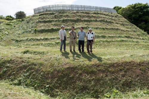北海道上ノ国町にある巨大城館「勝山館」。