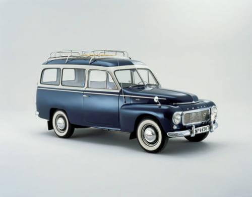 PV445という車をベースに製作された、多目的モデル。現在のボルボ製ワゴンやSUVにつながる名車。
