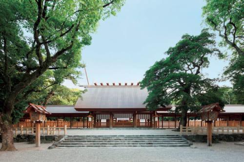 熱田神宮本宮。平成21年に本殿遷座祭が執り行なわれた。