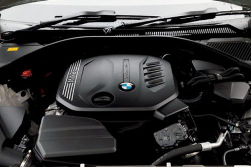 静粛性が高く、欧州では定評の高いBMWのディーゼルエンジン(4気筒)。BMW伝統の直列6気筒をしのぐ人気ぶり。