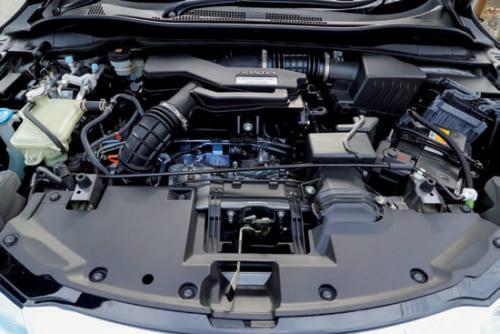 ターボエンジンは高出力の172PS仕様。最大トルクを低回転で発揮し、街中でも使いやすい。