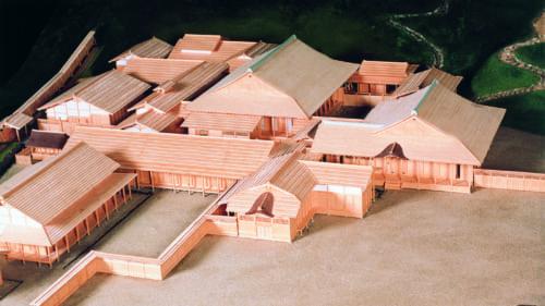 細川京兆邸などを参考に復元した朝倉館復元模型。(一乗谷朝倉氏遺跡資料館蔵)