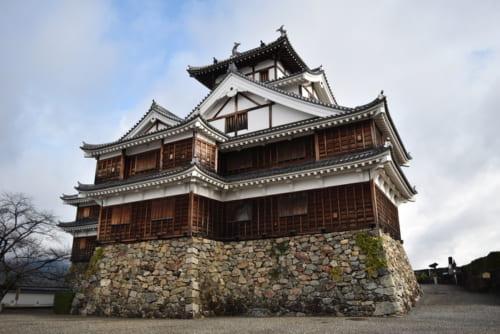 現在の福知山城天守は昭和の再建。元来の外観にならい古式の望楼型が採用されている