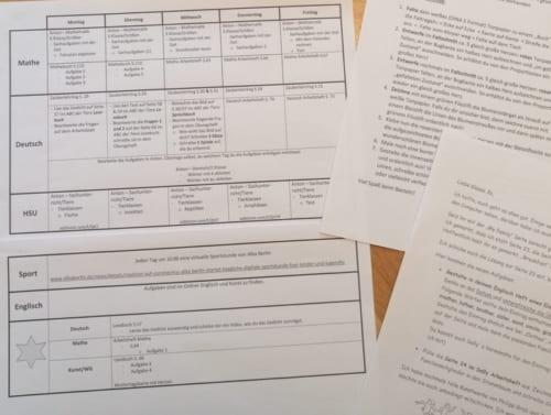 3年生の週の学習取組表。図工や英語もある。撮影/北野令子
