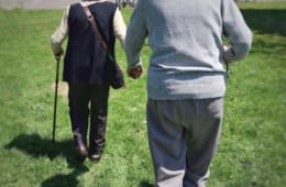【人生100年時代を謳歌したい!】シニア層の約8割が生活の質向上には『体力・認知機能の向上・維持』が必要と回答!