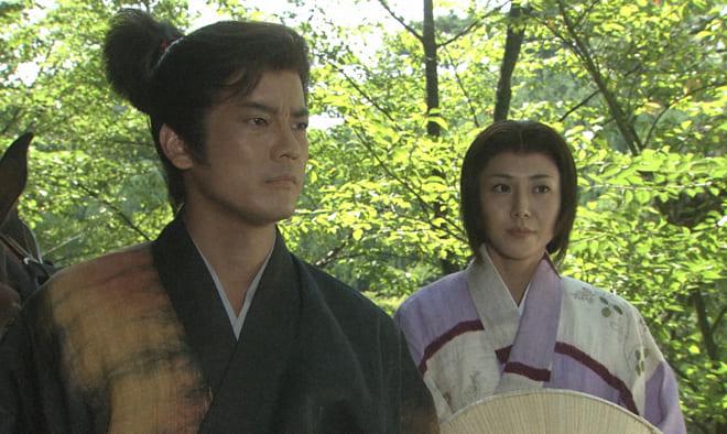 戦国版ホームドラマとして前田利家(演・唐沢寿明)と正室のまつ(演・松嶋菜々子)のW主演となった『利家とまつ』。
