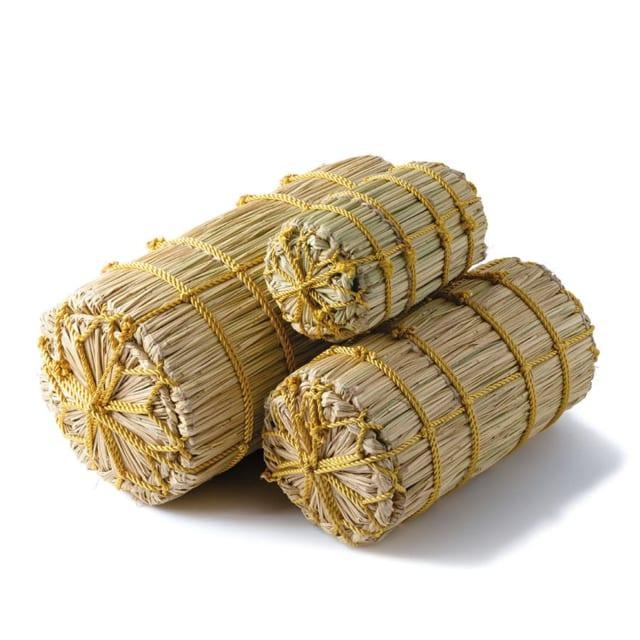 米俵の貯金箱「萬福俵」|縁起ものでお金を貯めるユーモアあふれる伝統の藁細工
