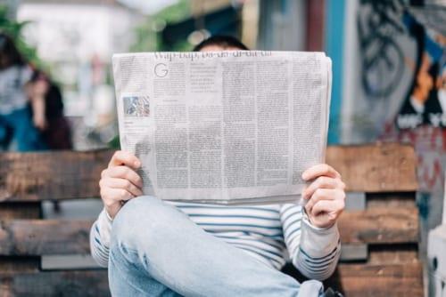 元ハンマー投げ金メダリストが教える、1枚の新聞紙で握力をアップさせる方法