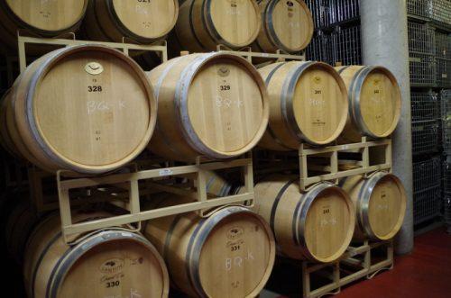 ブラック・クイーンなど赤ワインの醸造に使われる樽